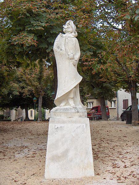 450px-cyrano_de_bergerac_statue dans c - balade en Périgord